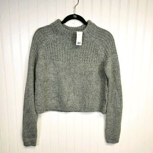 NWT Banana Republic Gray Cropped Sweater